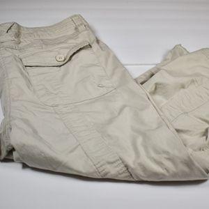 Women's Style & Co Khaki Cargo Capris 14 (F56)